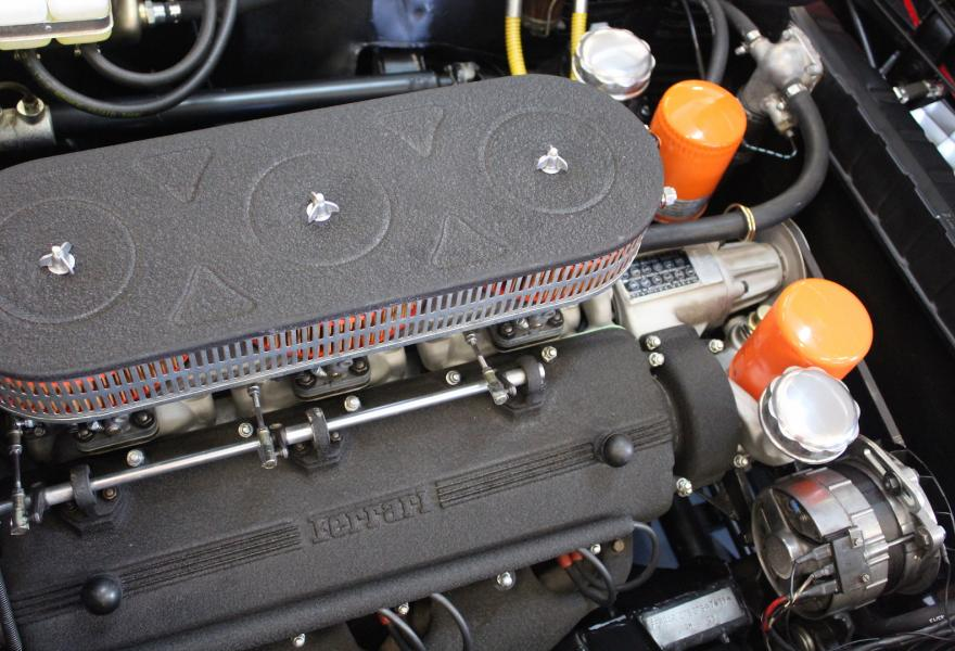 Ferrari-275-GTS-engine 2064