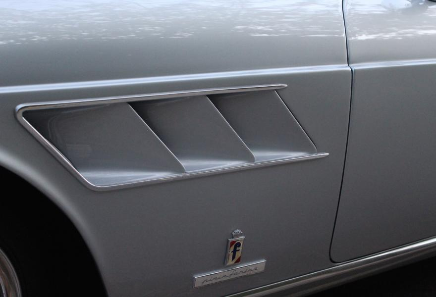 ferrari 275 gts side vents