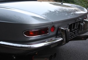 tail lights of a ferrari 275 gts