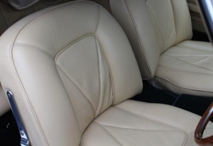 Aston Martin DB6 seats