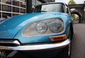 Citroen DS23 Pallas lights