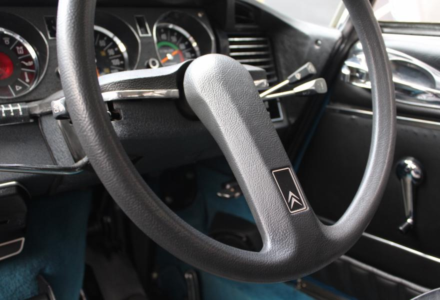 Citroen DS23 Pallas steering wheel