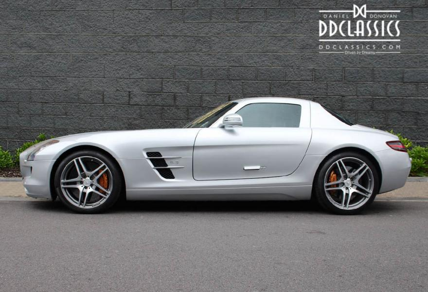 Mercedes benz sls amg coupe rhd for Mercedes benz sls amg convertible for sale