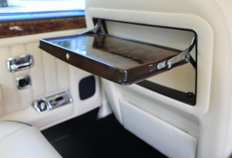 bentley rear picnic tray