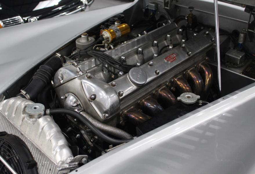 jaguar xk120 engine