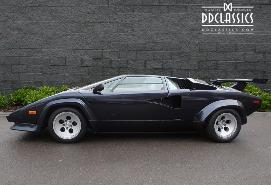 how much is a lamborghini countach