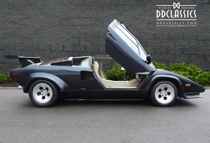 supercars for sale - Lamborghini COuntach lp500s
