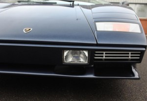 lamborghini countach headlights