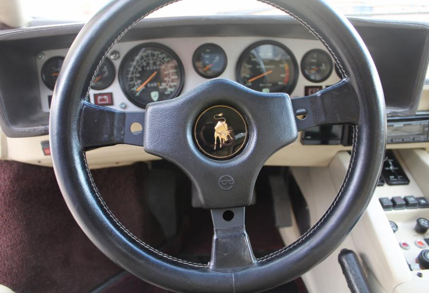 lamborghini countach steering wheel
