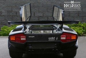 blue lamborghini countach for sale