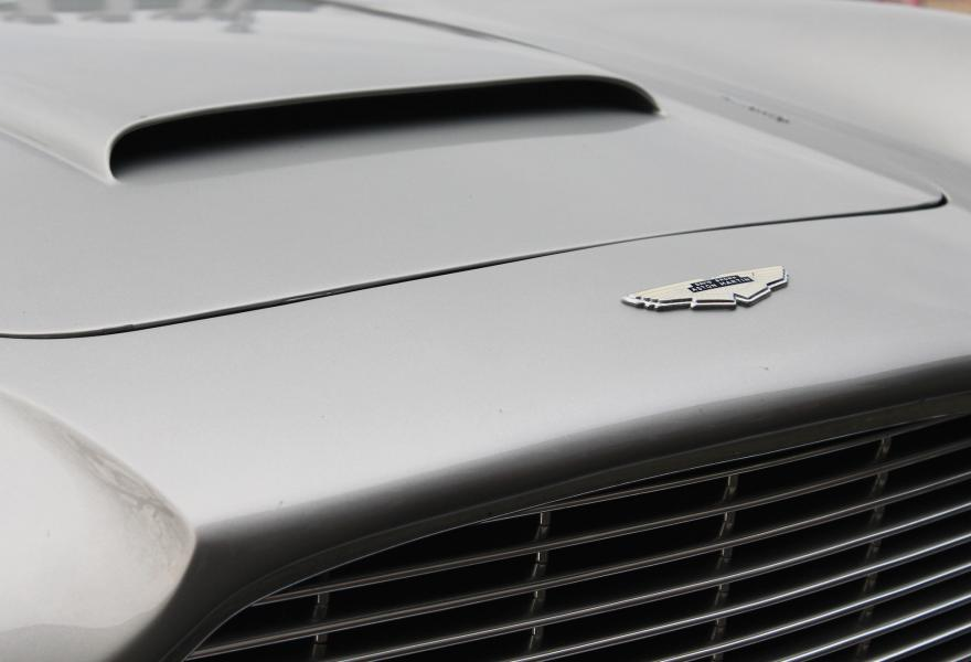 aston martin db5 nose