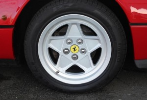 ferrari 328 wheels