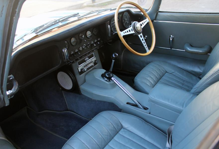 passenger side interior picture