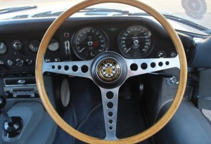 jaguar e-type wooden rimmed steering wheel
