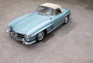 how much is a 300 sl roadster worth