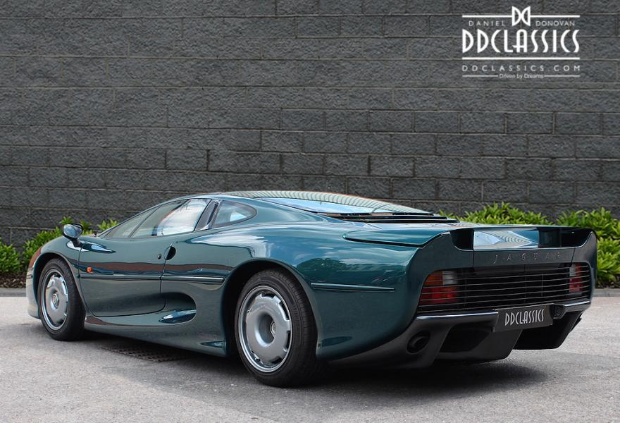 jaguar XJ220 for sale in london