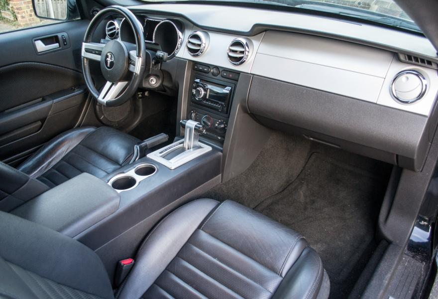 2006 Ford Mustang LF55FPO-11