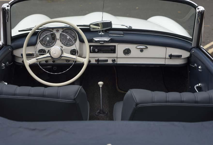 Mercedes-Benz 190 SL Roadster (LHD)