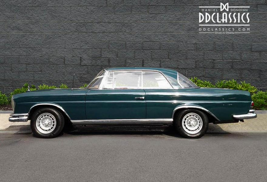 Classic Mercedes Benz 220 SE For Sale