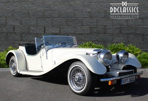 The J72 resembles the Jaguar SS100 and under the skin the Jaguar comparison is justified by the six cylinder jaguar engine.