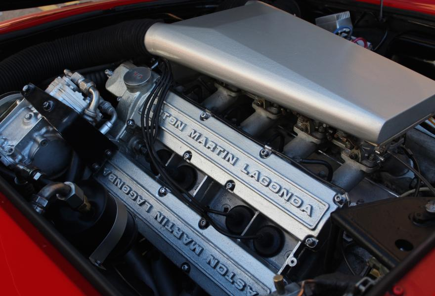 Aston Martin V8 engine