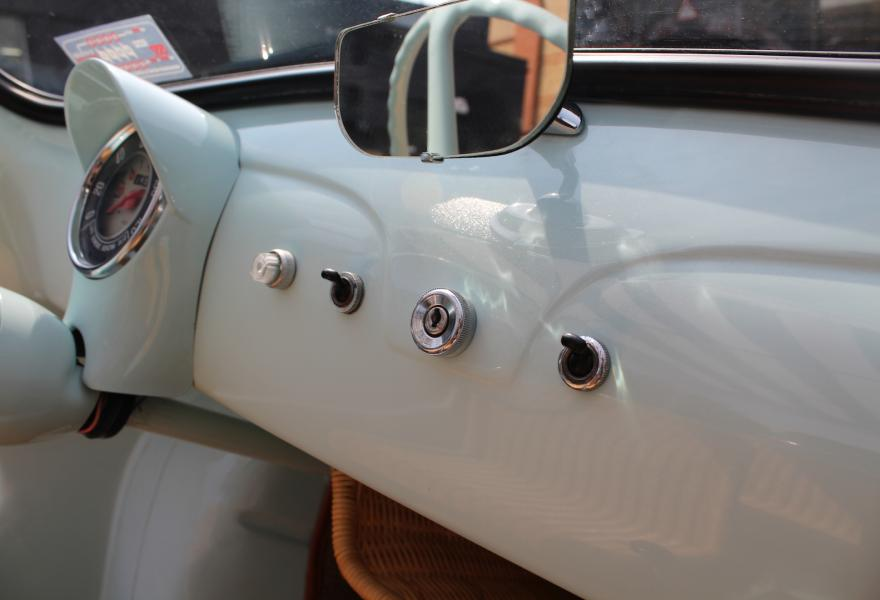 Fiat 500 Jolly interior