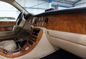 Bentley Arnage wooden dash
