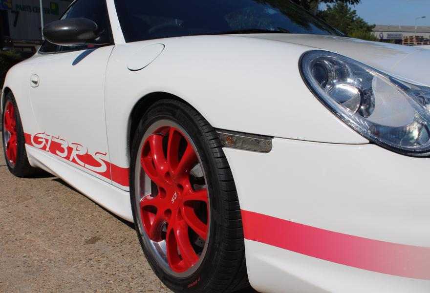 The 996 GT3 RS has a slightly different engine specification to the 996 GT3.