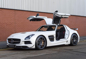 2013 Mercedes-Benz SLS AMG Black Series (RHD)