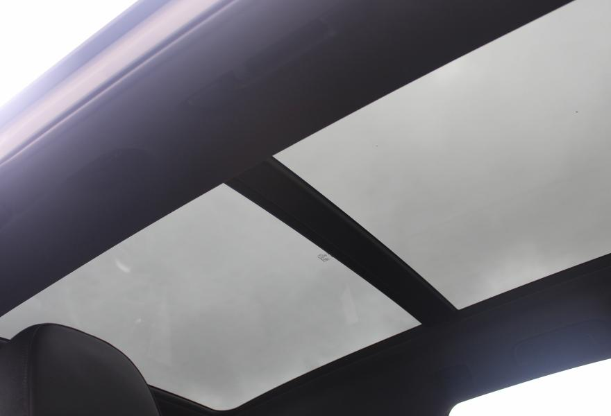audi q5 panoramic sunroof