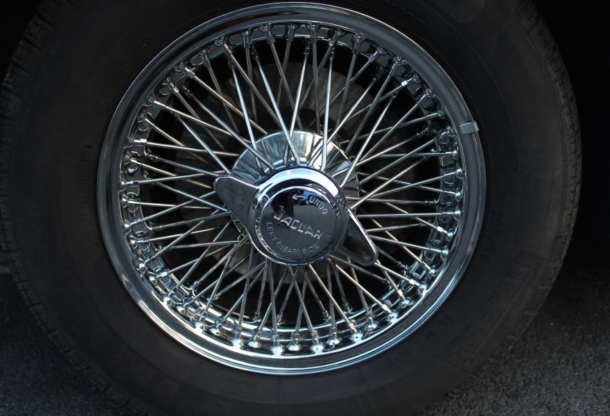jaguar wire wheels