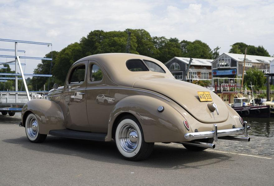 1939 Ford DeLuxe Hotrod LHD