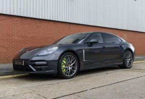2018 Porsche Panamera Turbo S E-Hybrid Executive (RHD)