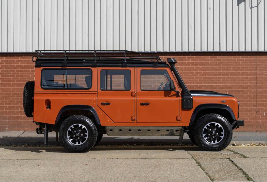 2016 Land Rover Defender 110 Adventure (LHD)