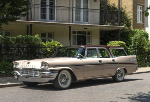 1957 Chrysler New Yorker Town & Country Station Wagon (LHD)